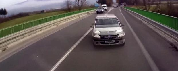 Un Logan din Slovacia se loveste frontal de un camion cu urmari tragice