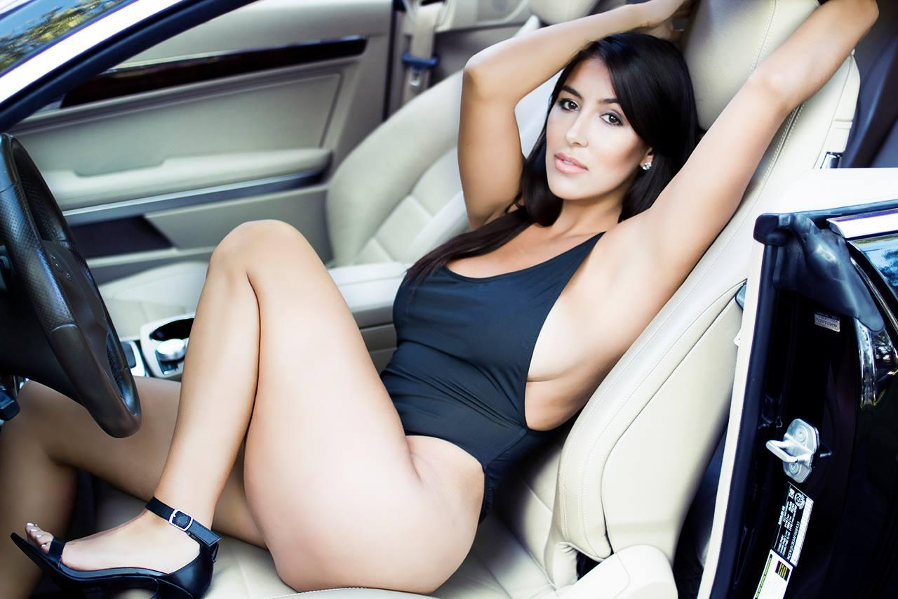 Hot Cars With Naked Hot Women
