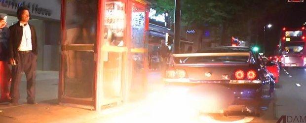Un Nissan Skyline GT-R provoaca scandal si haos in Londra