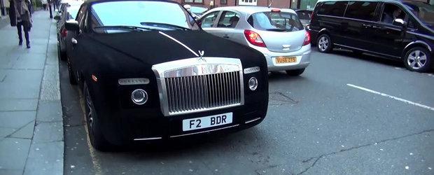 Un Rolls-Royce imbracat in catifea face furori in Londra