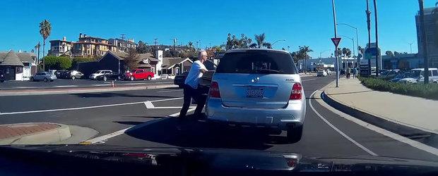 Un sofer de Mercedes ML vrea sa fie periculos dar se face de ras in stil mare