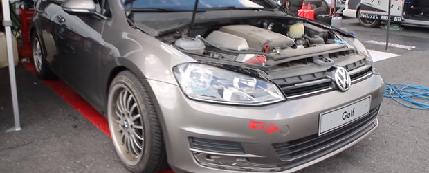 Un Volkswagen Golf 7 cu motor V8 si exteriorul stock este sleeper-ul perfect. VIDEO