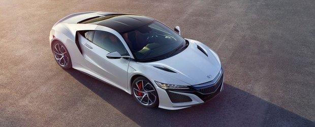 Una dintre aceste imagini poate fi noul tau wallpaper. Avem peste 80 de fotografii proaspete cu Honda NSX!