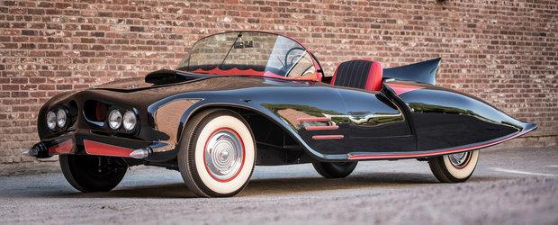 Unicul si originalul Batmobil din 1963 poate fi al tau! Dar la ce pret?