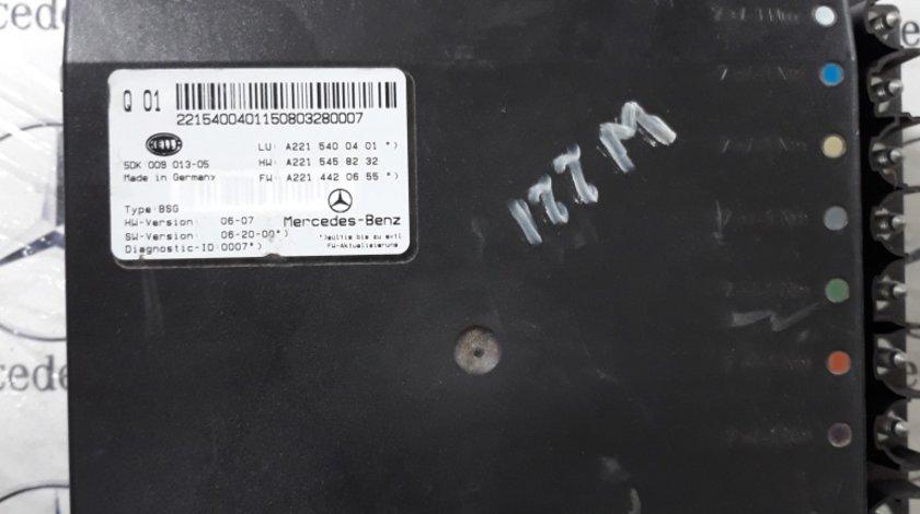 Unitate de control modul baterie a sistemului electric Mercedes W 221 cod 2215400401