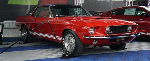 Unul dintre cele mai importante Mustang-uri din istorie a fost restaurat. Masina a fost gasita abandonata pe un camp