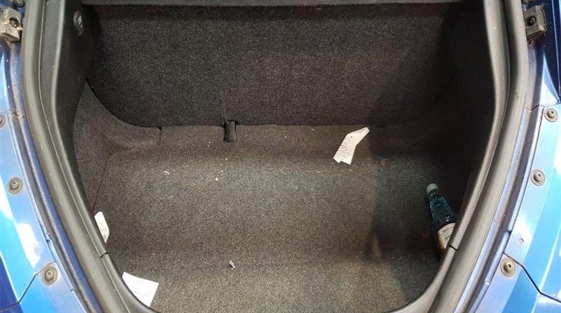 Usa dreapta fata Volkswagen Beetle 2003 Hatchback 2.0 i