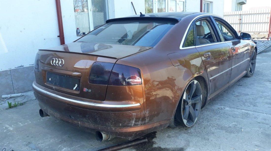 Usa dreapta spate Audi A8 2004 berlina 3.0 benzina 220hp asn