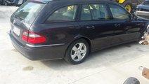 Usa fata dreapta Mercedes E Class W211 S211 2002 /...