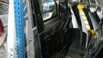 Usa fata dreapta Vw T5 Caravelle model 2010