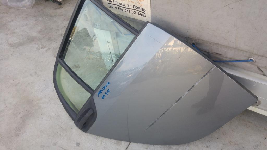 Usa portiera dreapta spate completa smart forfour 2004-2006