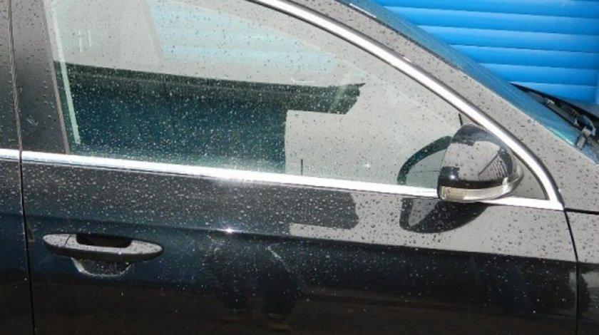 Usa stanga - dreapta fata Vw Passat B6 2.0 TDI combi model 2008