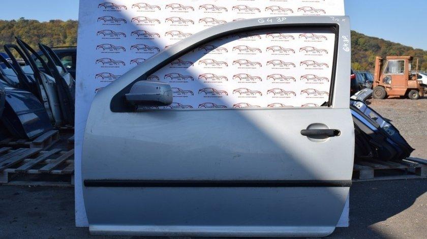 Usa stanga fata Volkswagen Golf 4 cu 3 portiere 2002