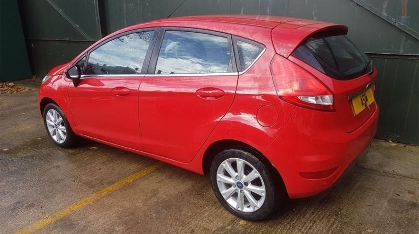 Usa stanga spate Ford Fiesta 6 2011 hatchback 1.4
