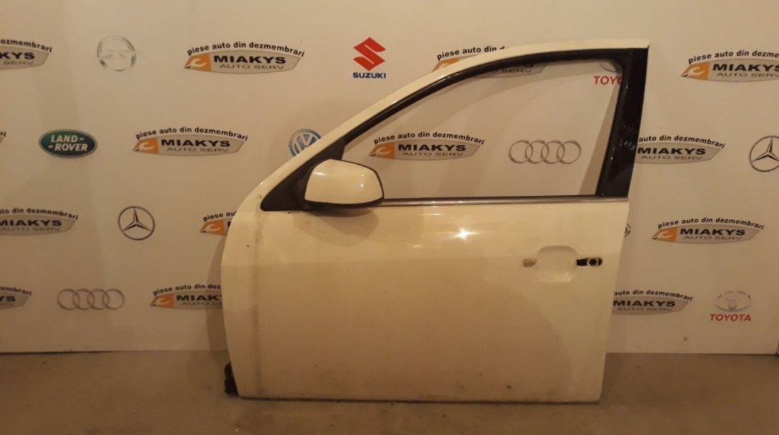 Usa stg fata Ford Mondeo MK3