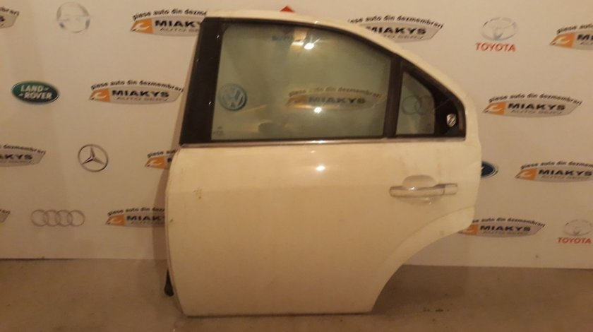 Usa stg spate Ford Mondeo MK3