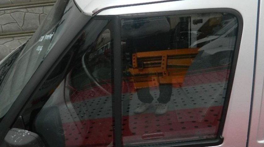 Usi fata Ford Transit 2.0d model 2006