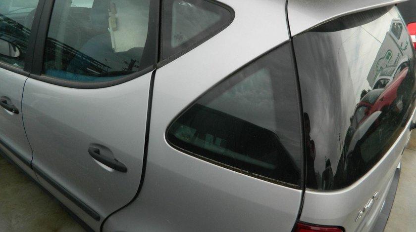 Usi spate Mercedes A Classe A 140 model 2000