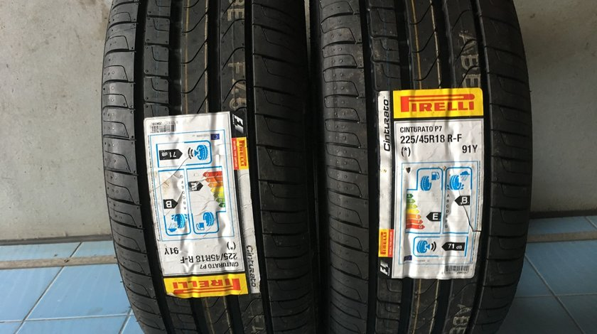 Vând 2 anvelope 225/45/18 Pirelli runflat de vara noi