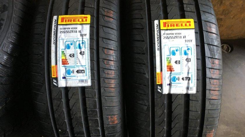 Vând 2 anvelope 255/55/18 Pirelli de vară noi