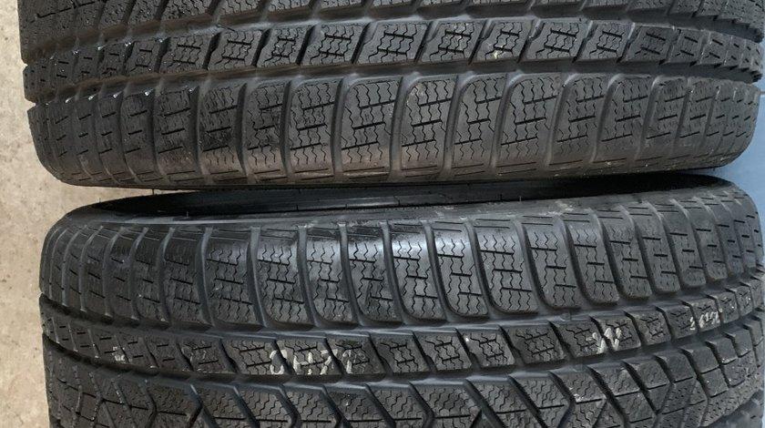 Vând 2 anvelope 285/35/20 Pirelli de iarnă noi