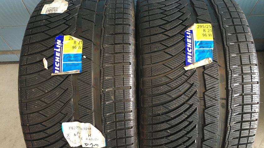 Vând 2 anvelope 295/25/21 Michelin de iarnă noi
