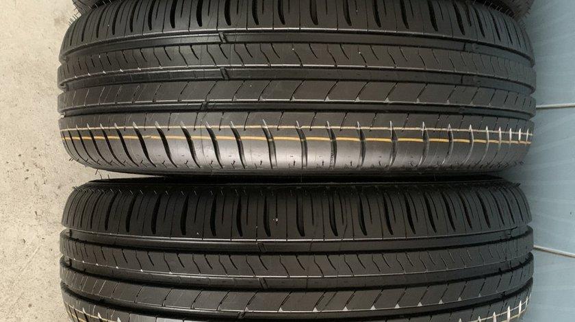 Vând 4 anvelope 195/65/15 Michelin de vară noi