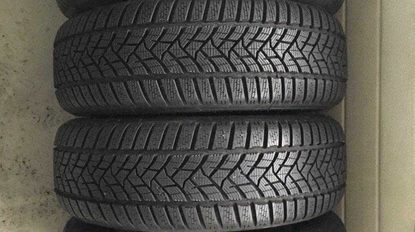 Vând 4 anvelope 205/60/16 Dunlop de iarnă ca noi