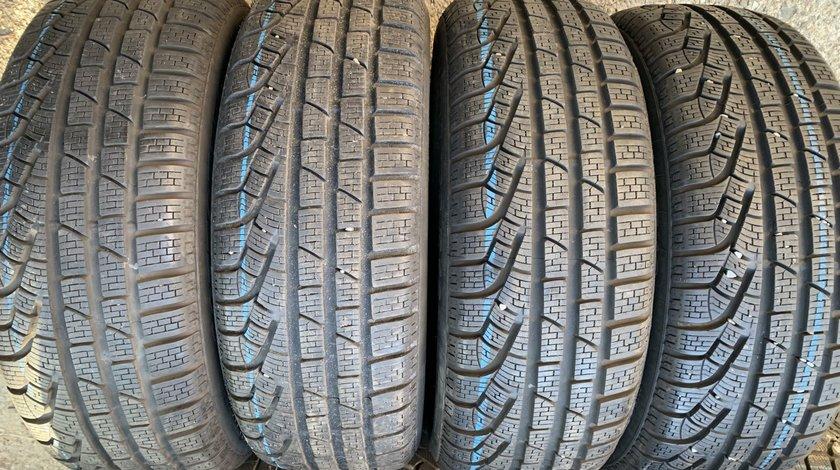 Vând 4 anvelope 205/60/16 Pirelli de iarnă ca noi