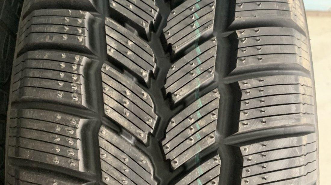 Vând 4 anvelope 205/65/15c Michelin de iarnă noi