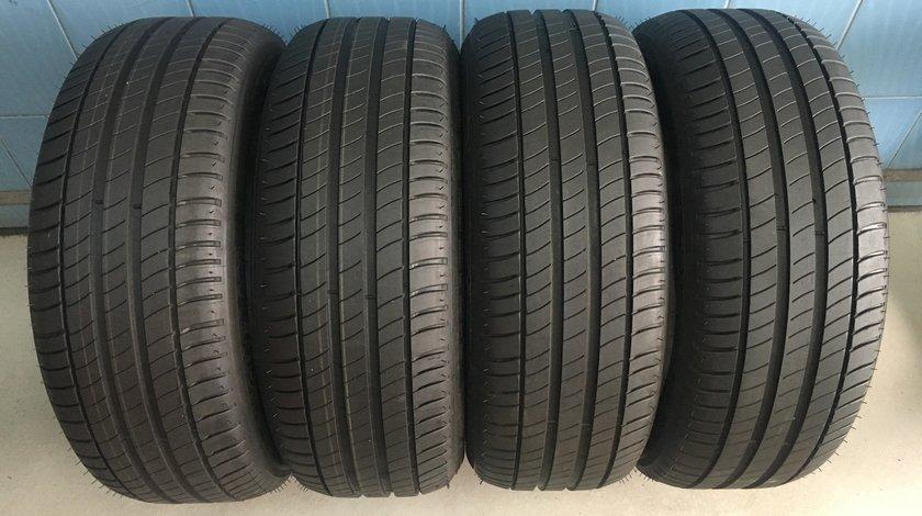 Vând 4 anvelope 215/55/17 Michelin de vara noi
