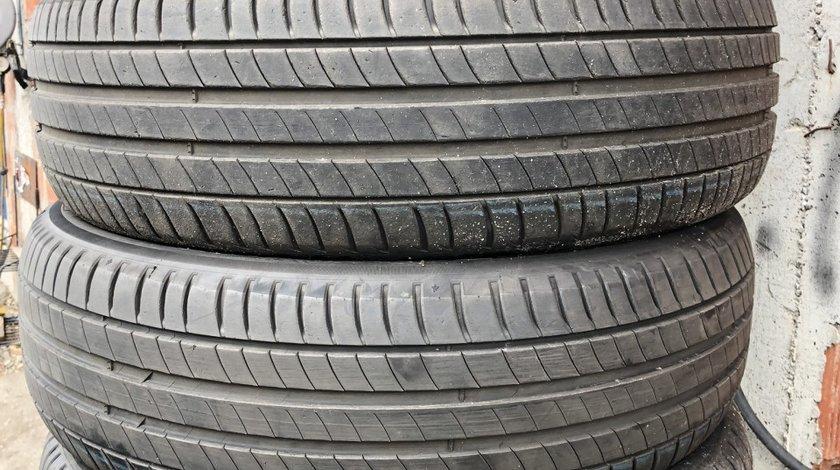 Vând 4 anvelope 215/65/17 Michelin de vară ca noi