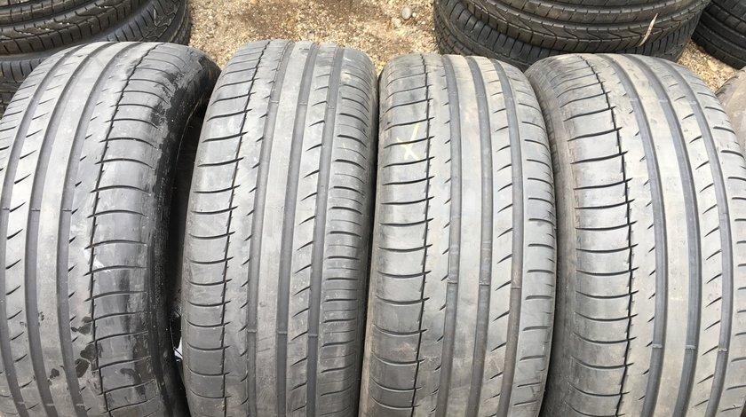 Vând 4 anvelope 235/55/19 Michelin de vara la 7mm