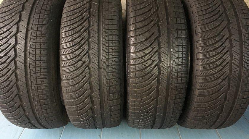 Vând 4 anvelope 245/45/18 Michelin de iarnă ca noi