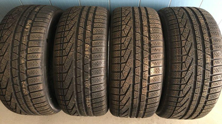 Vând 4 anvelope 275/45/18 Pirelli de iarnă noi