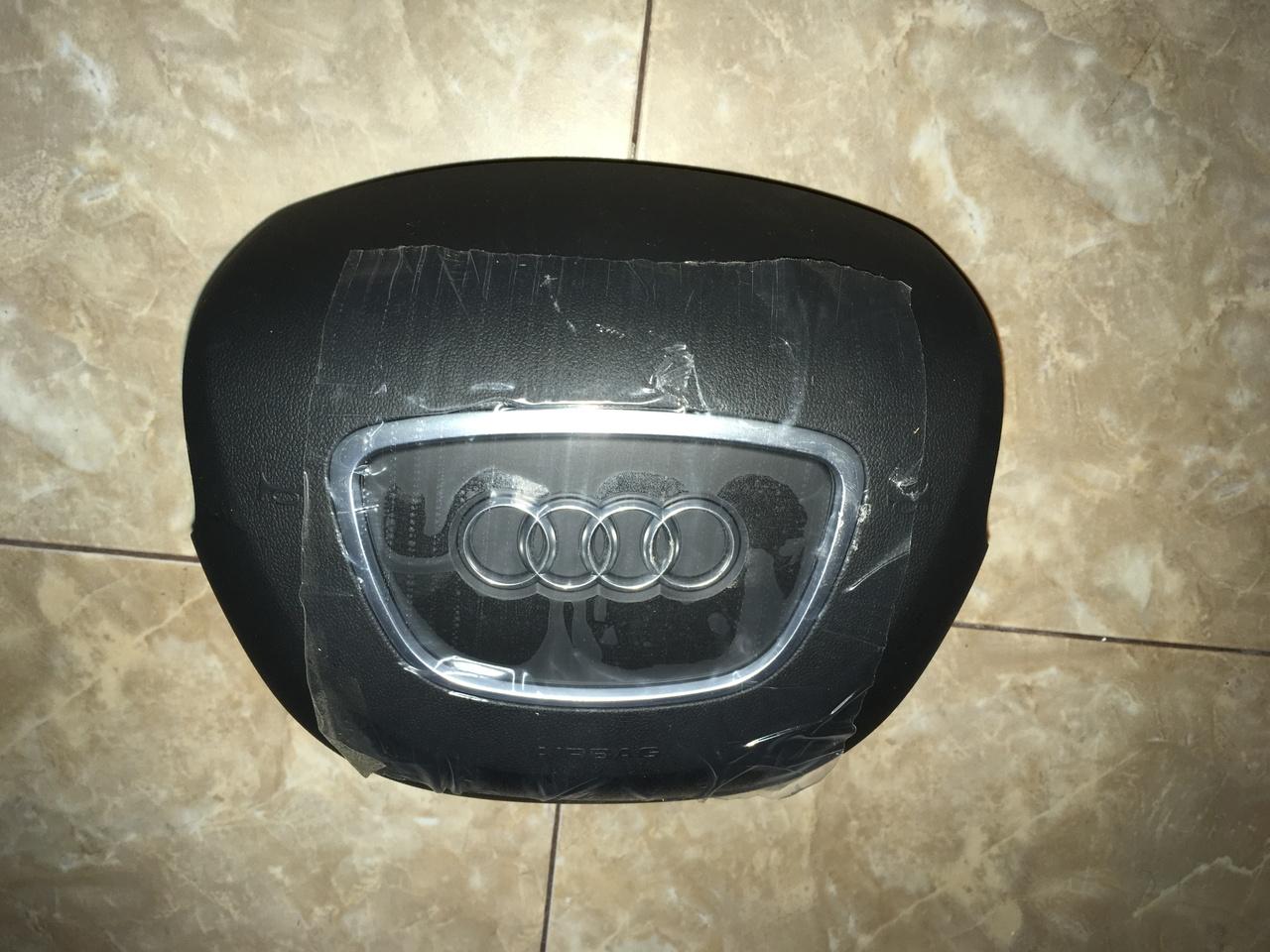 Vând airbag volan Audi A8 2014