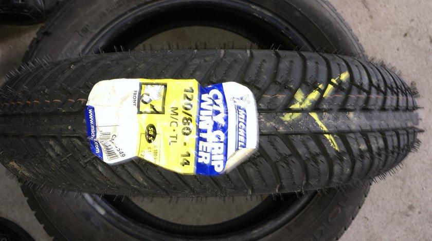 Vând anvelopă 120/80/14 Michelin nouă