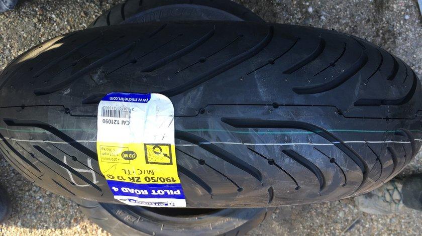 Vând anvelopa 190/50/17 Michelin nouă