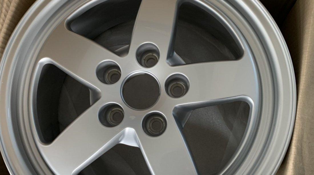 """Vând jante originale Audi A4 pe 16"""" noi"""