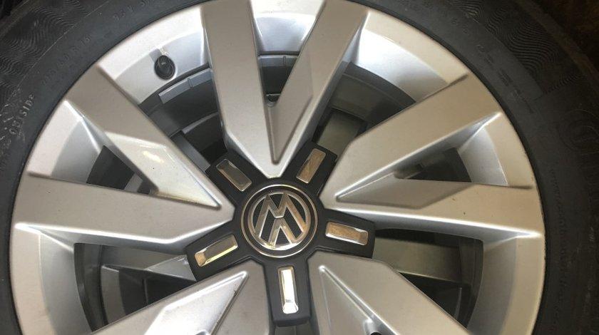 "Vând jante originale Volkswagen pe 16"" noi cu anvelope noi continental"