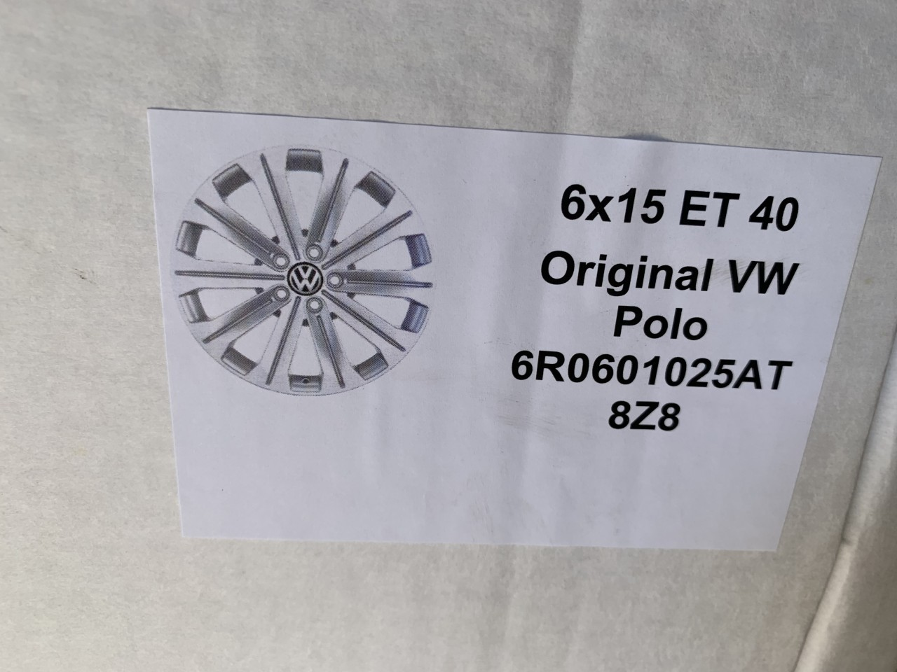 "Vând jante originale Volkswagen polo pe 15"" noi"