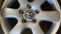 "Vând jante originale Volkswagen T5 pe 16"" noi"