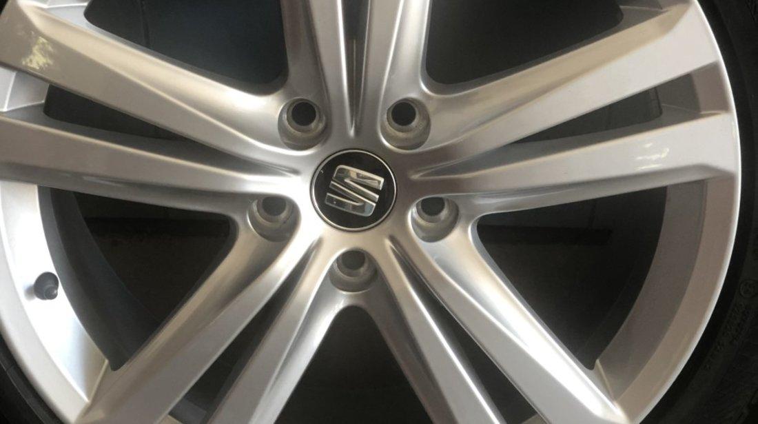 """Vând jante Seat-Vw-Audi originale pe 18"""" noi cu anvelope noi de iarnă"""
