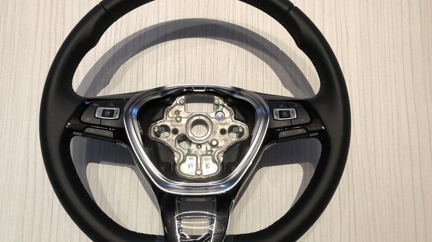 Vând volan piele/comenzi VW Golf 7