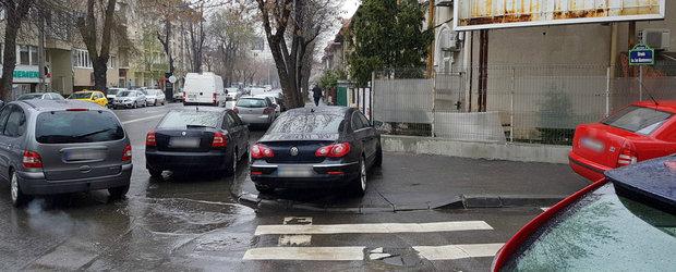 Vanatoarea de masini parcate neregulamentar incepe din acest WEEKEND. Pe langa ridicare mai platesti si amenda