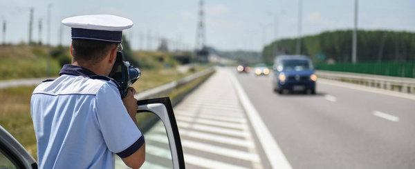 """""""Vanatoarea"""" de vitezomani s-a incheiat: 8.190 de amenzi, 481 de permise retinute si 13.000 de masini controlate"""