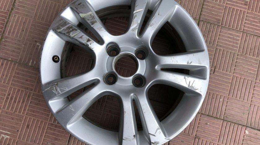 Vand 1 janta aliaj R15 Opel Corsa D