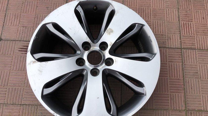 Vand 1 janta R18 Hyundai Santa Fe facelift 2010 2012 52910-2B480