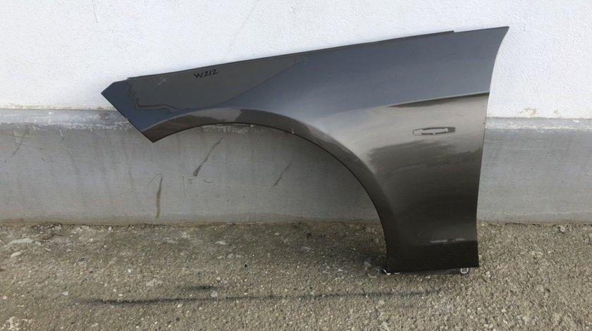 Vand aripa stanga fata Mercedes E Class W212