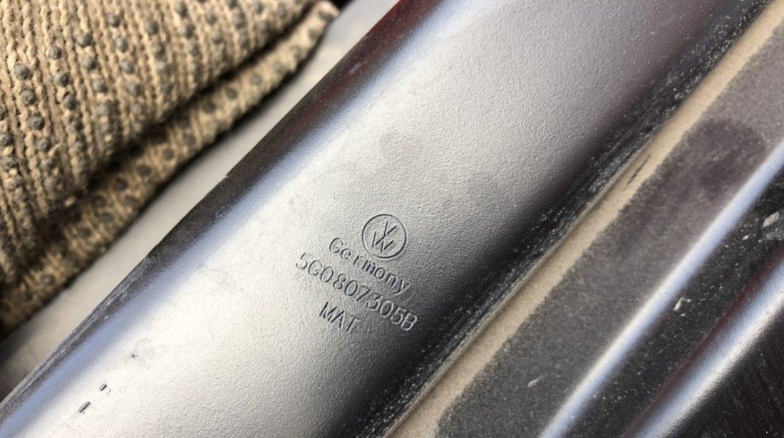 Vand armatura bara spate VW Golf 7 5G0807305B